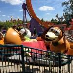 Slinky Dog spinner ride